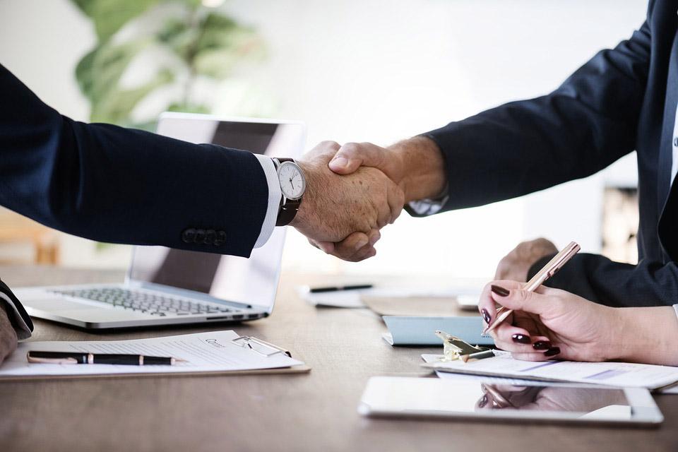 Umowa sprzedaży nieruchomości zawarta u notariusza - Notariusz Łódź Centrum