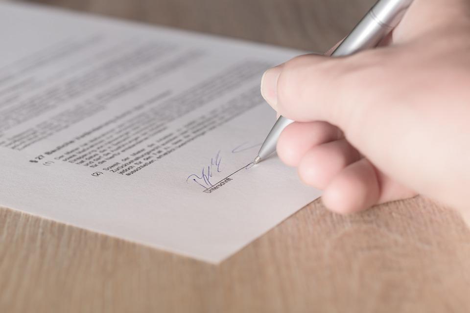 Notarialne poświadczenie umowy - Notarusz Łódź Centrum